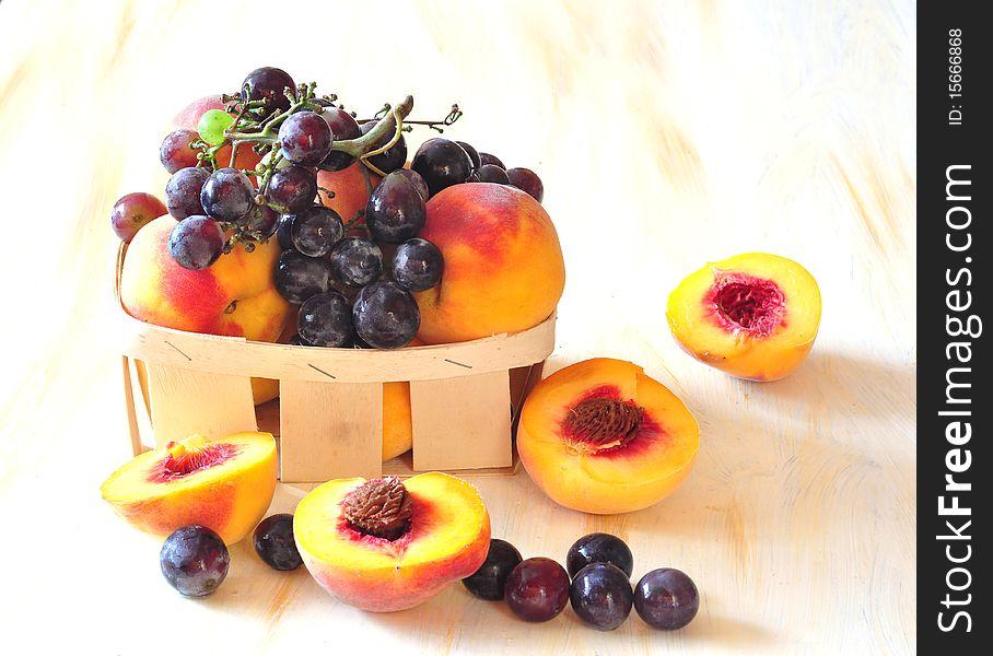 Peaches and vine