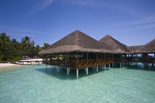 Free Water Villa In Maldives Royalty Free Stock Images - 15671909