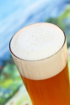 Free Close Up ,Big Glass Of Beer Stock Photography - 15673952