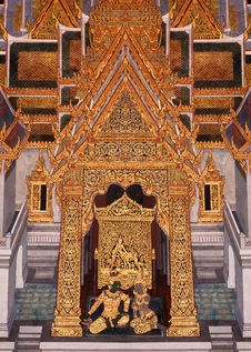 Free Painting And Ornament Traditional Thai Style Royalty Free Stock Photo - 15677845
