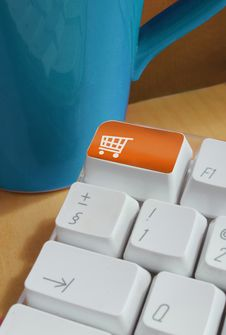Shopping Button On Computer Keyboard Royalty Free Stock Photography