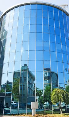 Free Large Curved Glass Building Stock Photo - 15678930