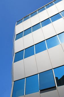 Free Corner Of A Glass Office Building Stock Photography - 15678972