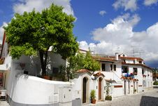 Free Typical Mediterranean Houses Royalty Free Stock Photos - 15679918