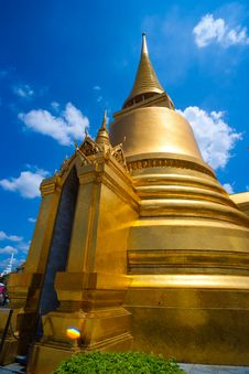 Free Wat Phra Kaew Royalty Free Stock Photo - 15680315
