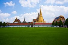 Free Wat Phra Kaew Royalty Free Stock Photos - 15680828