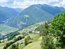 Free Mountains And Valleys In Southtyrol Stock Photos - 15680863