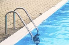 Free Pool Ladder Stock Photo - 15685290