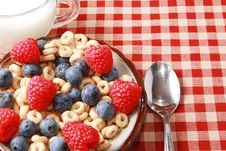 Free Cereal With Berries Royalty Free Stock Photo - 15687415