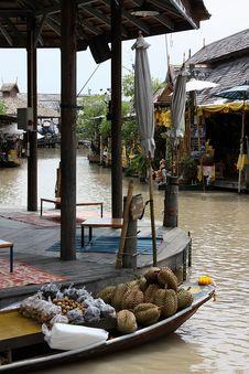 Free Floating Market Royalty Free Stock Photo - 15687515