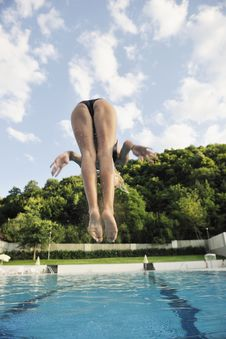 Free Woman Relax On Swimming Pool Stock Image - 15687981