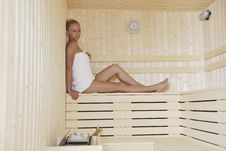 Free Young Woman In Sauna Royalty Free Stock Images - 15688669