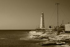 Free Lighthouse On The Cape Tarhankut Royalty Free Stock Photo - 15693205