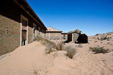 Free Town Kolmanskop In Namibia Royalty Free Stock Photography - 15693937