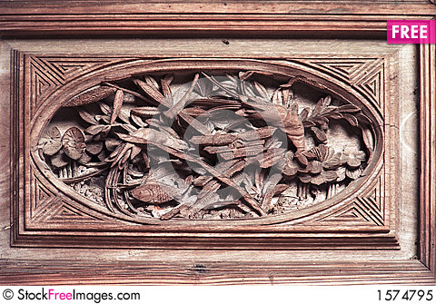 Free wood carving