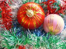 Free Christmas Balls Royalty Free Stock Photos - 1571798