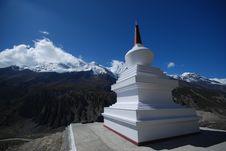 Free Mountain Nepali Stupa Royalty Free Stock Photos - 15701228
