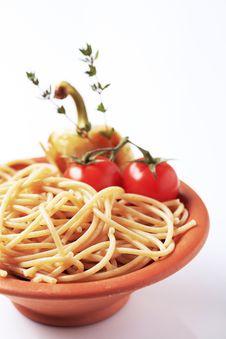 Free Whole Wheat Spaghetti Stock Image - 15702451