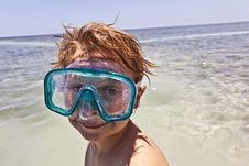 Free Boy With Diving Mask Royalty Free Stock Photography - 15703167