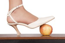 Free Sexy Foot And  Apple Royalty Free Stock Photo - 15703325