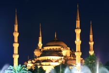 Free Blue Mosque On Night In Istanbul Royalty Free Stock Image - 15718726