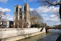 Free Notre Dame And The Seine River Stock Photos - 15728633