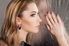 Free Beautiful Fashioned Woman Stock Photo - 15721000