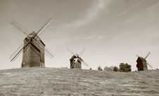 Free Windmills Royalty Free Stock Photography - 15722277