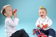 Free Two White Happy Children Celebrating Birthday Royalty Free Stock Photography - 15733497