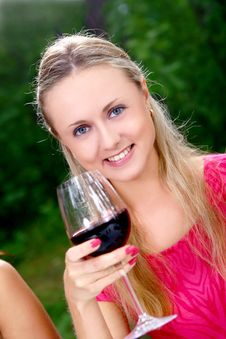 Free Beautiful Girls Drinking Wine Stock Photos - 15733673