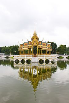 Free The Bang Pa-in Palace Royalty Free Stock Photos - 15734018