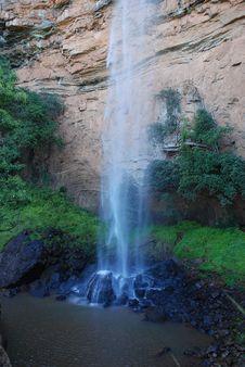 Free Bridalveil Waterfall Royalty Free Stock Image - 15737216