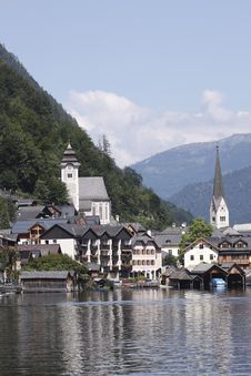 Free Picturesque Halstatt Royalty Free Stock Image - 15739746
