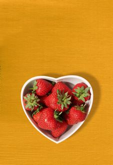 Free Strawberries In A Heart Shaped Bowl Stock Photo - 15739990