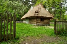 Free Old Wooden House Royalty Free Stock Photos - 15748688