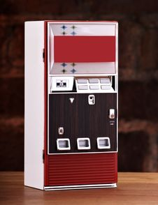 Free Vintage Toy Soda Machine Stock Photos - 15749403
