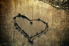 Free An Heart In The Sand Royalty Free Stock Photo - 15750765