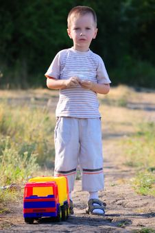 Free The Boy And A Toy Stock Photos - 15751693