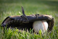Free Glove And Baseball Stock Photos - 15755993