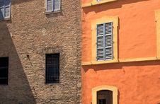 Free Colorful Facade Of Italian House Royalty Free Stock Photography - 15756177