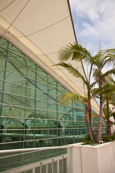 Free San Diego Convention Center Architectural Abstract Royalty Free Stock Image - 15773036