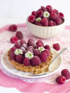 Free Fresh Raspberry Tart Royalty Free Stock Image - 15775026