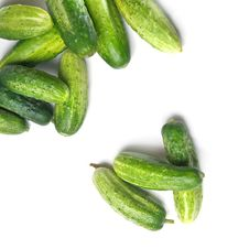 Free Green Cucumbers Isolated Royalty Free Stock Photography - 15775237