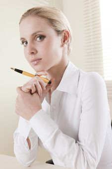 Free Pensive Businesswoman Stock Images - 15775864