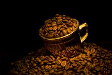 Free Gold Cup Of Coffee Stock Photography - 15779142