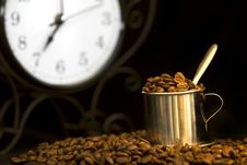 Free Steel Cup Of Coffee And Clock Royalty Free Stock Image - 15779146