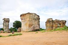 Free Stone Pole Royalty Free Stock Images - 15780809