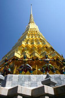 Free Thai Pagoda At Bangkok Stock Photo - 15781680