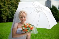 Free Bride With A Wedding Bouquet Stock Photo - 15781920