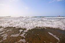 Free Seashore With Waves And Foam Stock Photos - 15782823